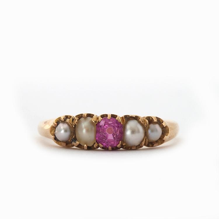 טבעת  ויקטוריאנית 18k עם טורמלין ורודה ופנינים.