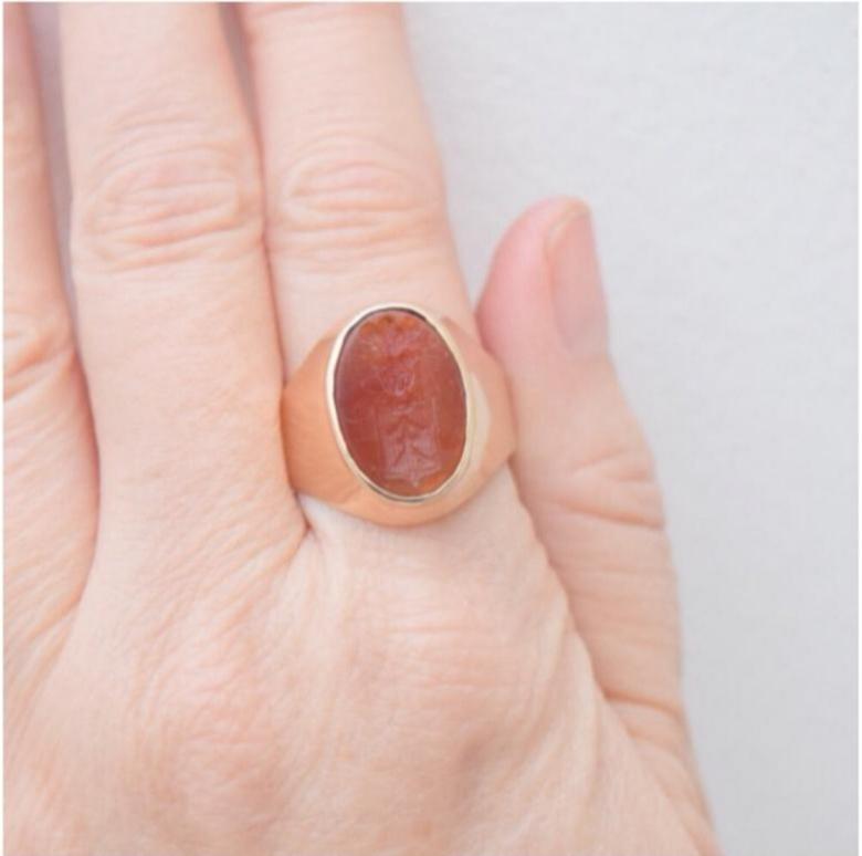 טבעת חותם עתיקה גדולה