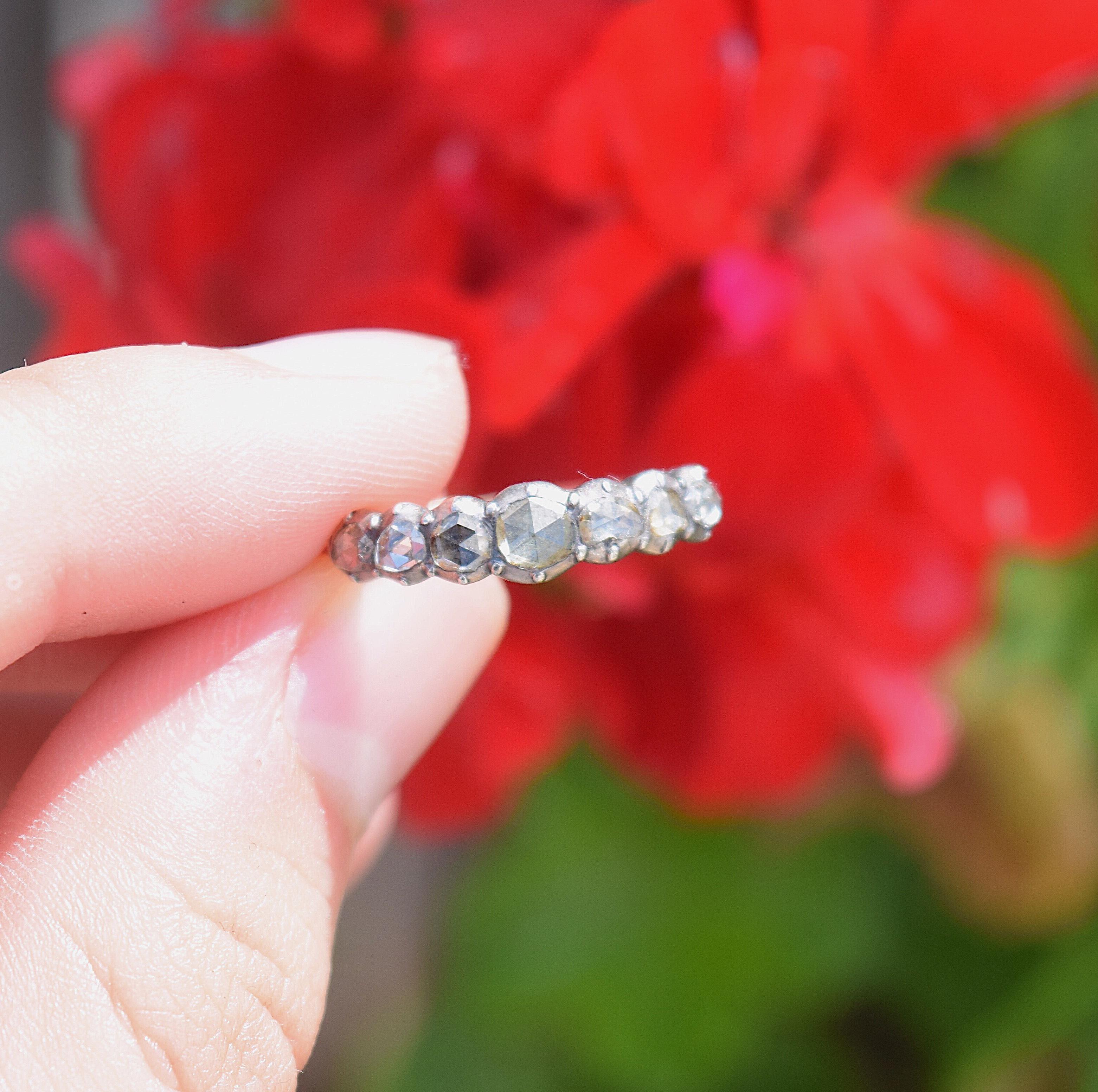 טבעת חצי איטרניטי ג'ורג'יאנית.
