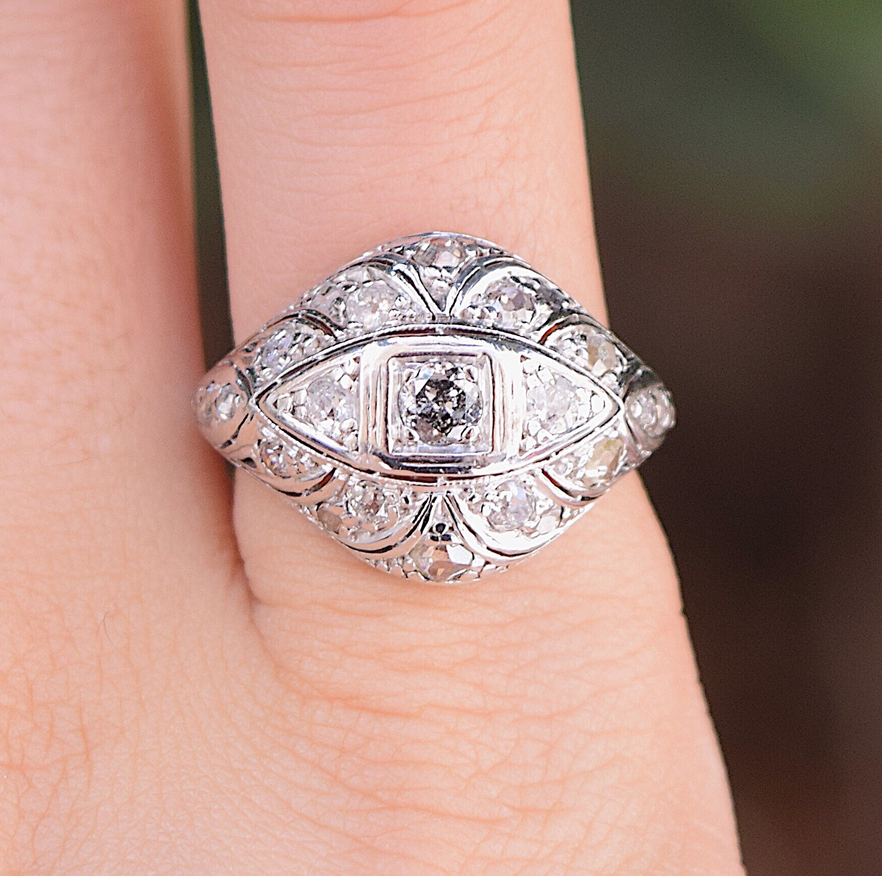 טבעת אר-דקו , זהב 14k עם יהלומים.