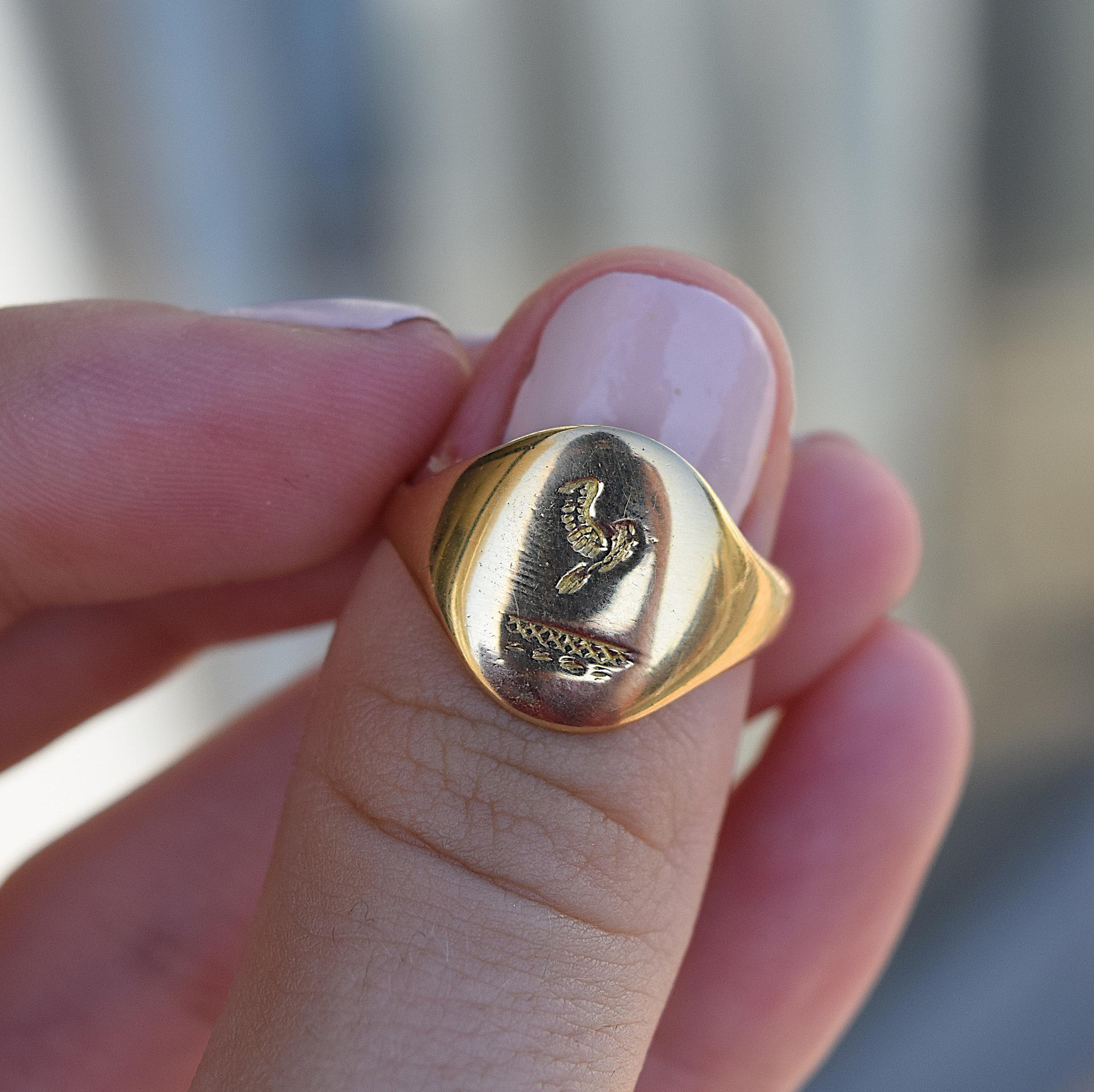 טבעת חותם  18k. חתומה.