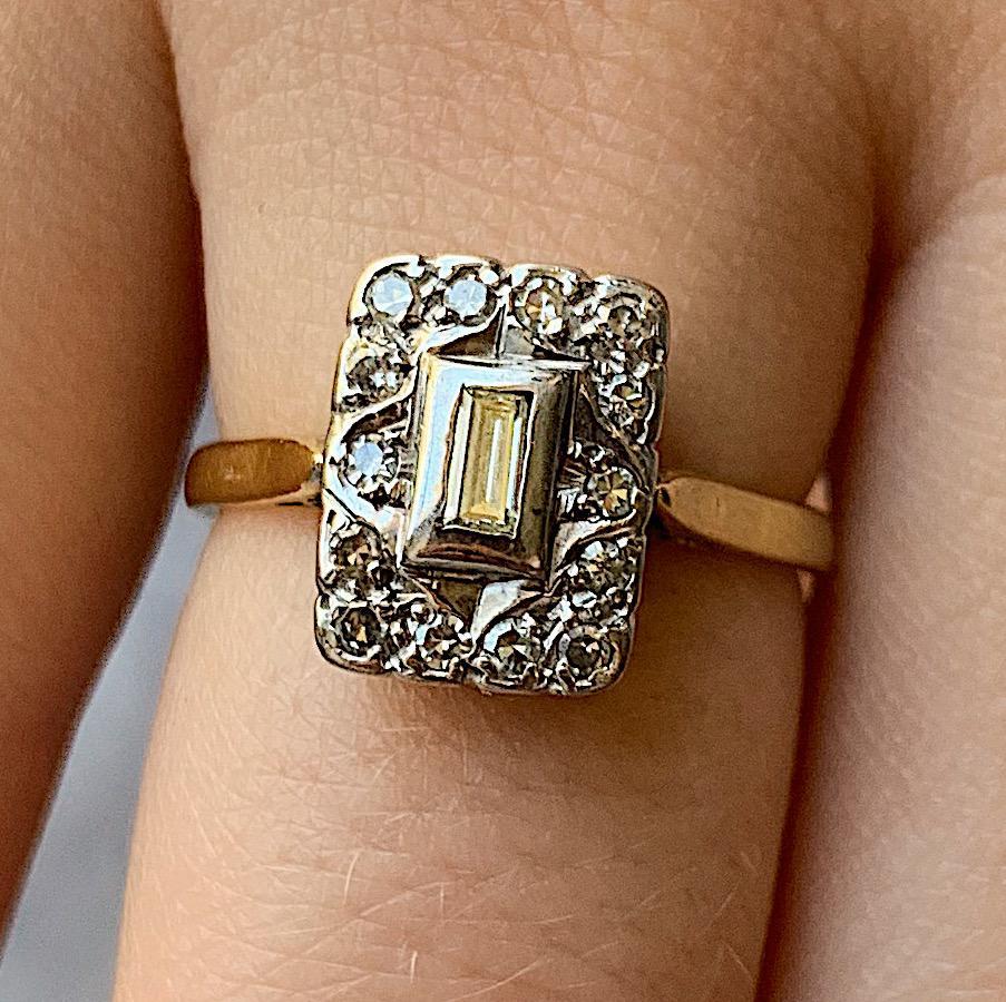 """טבעת אר דקו עתיקה, מלבן עם יהלומים. 3900 ש""""ח."""