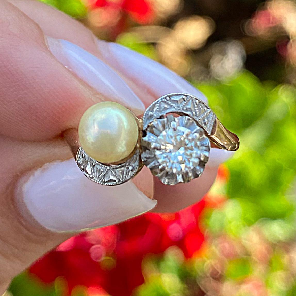 טבעת עתיקה זהב 18K וכסף עם יהלום ופנינה.